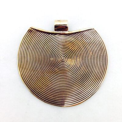BP55 yellow bronze pendant