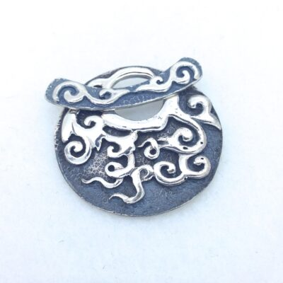 ST103 sterling silver 34mm toggle pendant