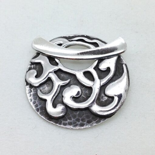 ST101 sterling silver toggle