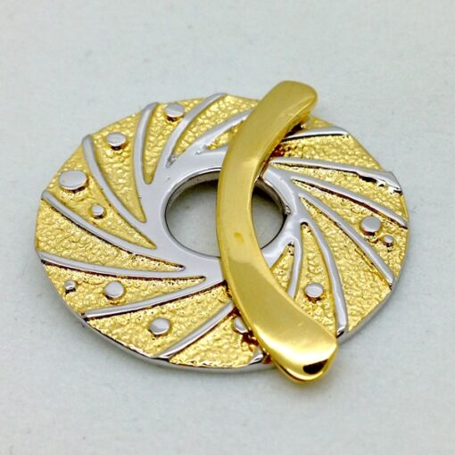 ST126 gold plated bronze toggle